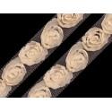Tiulowa taśma z różyczkami waniliowa