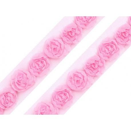 Tiulowa taśma z różyczkami różowa